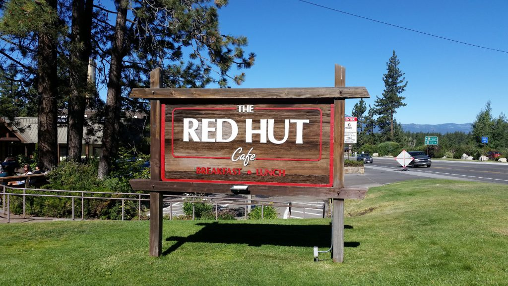 Red Hut Cafe - Kingsbury Grade sign